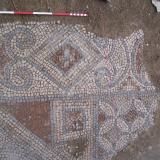 2013 г. - Антична подова мозайка в термите на Августа Траяна